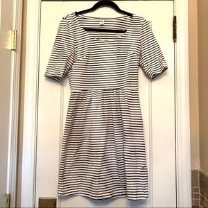 Old Navy SMALL Black White Stripe Dress